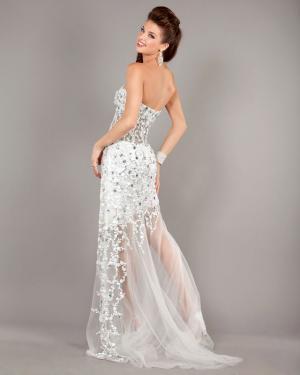 Невеста в цветном платье