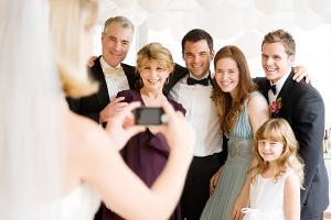 Какую рубашку одеть на свадьбу гостю?