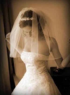 Поменять свадебное платье